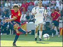 Fernando Morientes fires Spain ahead