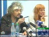 Филипп Киркоров и певица Ирина Стоцкая во время скандальной пресс-конференции