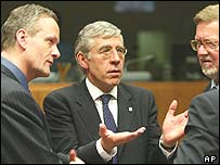 Straw with EU foreign ministers