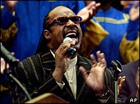 Stevie Wonder performs at Ray Charles' funeral