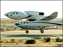 White Knight takes off with SpaceShipOne under it