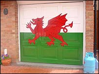 Welsh flag painted on garage