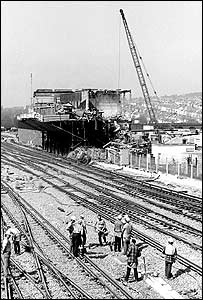 Brighton signal box being pulled down in 1985