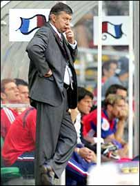 New Spurs boss Jacques Santini