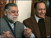 Zafarullah Khan Jamali (left) and Chaudry Shujat Hussain