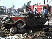 Iraq car bomb damage
