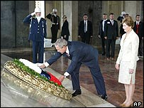 Mr Bush and  First Lady Laura Bush lay a wreath at the Ataturk mausoleum in Ankara