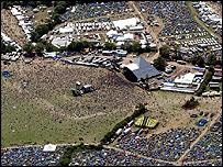 Фестивальное поле в Гластонбери
