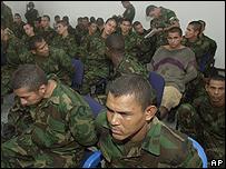 Supuestos paramilitares colombianos detenidos en Venezuela.