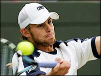 Andy Roddick lets rip with a forehand against Sjeng Schalken