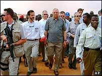 Colin Powell in Darfur camp