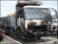 A Fuso truck which went up in flames in 2004