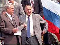 1991: Yeltsin climbed on tank to defend Russia's freedom
