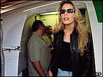 Aisha Gaddafi arriving in Baghdad in 2000