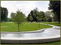 Diana's memorial fountain in Hyde Park