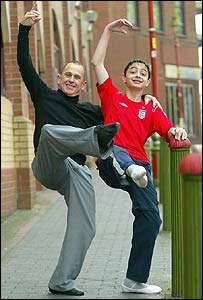 Wayne Sleep and pupil
