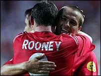 England strikers Wayne Rooney and Michael Owen