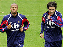 Thierry Henry (left) and Robert Pires in training with the French squad