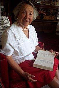 A�da Figueroa a los 81 a�os en su casa de Santiago.