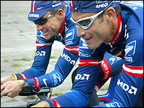 Lance Armstrong (left) and George Hincapie