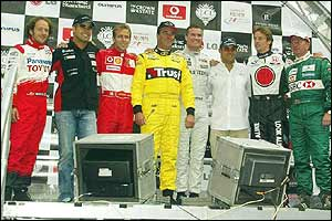 Cristiano da Matta, Zsolt Baumgartner, Luca Badoer, Nigel Mansell, David Coulthard, Juan Pablo Montoya, Jenson Button and Martin Brundle took part in the event