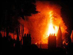 Picture of the blaze courtesy of York Minster