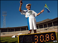 Philip Rabinowitz celebrates becoming the fastest 100-year-old over 100m