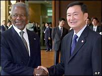 عنان مع رئيس وزراء تايلاند