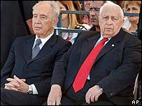 Shimon Peres (right) and Ariel Sharon