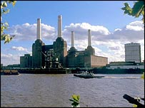 Battersea power station, London   BBC