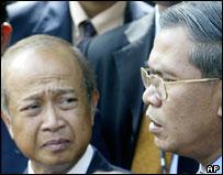Prince Ranariddh (l) and Hun Sen (r)