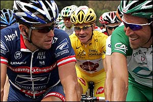 Lance Armstrong chats with Christophe Moreau