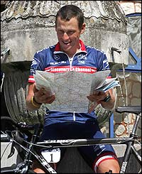 Lance Armstrong makes the most of Monday's rest day