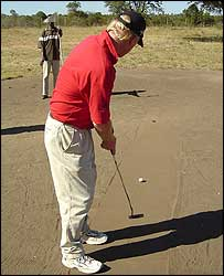 Graham Atkinson putting