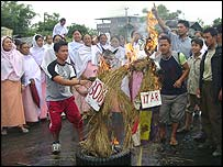 Angry residents in Singjamei in Manipur