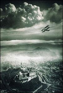 Aerial view of Edinburgh - by Alfred G.Buckham. (Courtesy Scottish National Photography)