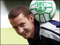 Beuzelin is paraded as Hibs' latest signing