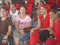 Travestis cubanos (foto de Raquel P�rez)