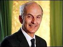 Prof Stephen Hill