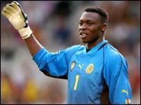 Cameroon goalkeeper Idriss Kameni