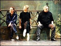 Dmitry Bryantsev with ballerinas at London rehearsal (December 2001)