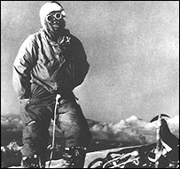 Lino Lacedelli on the summit