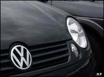 Bonnet of Volkswagen car