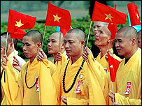 Buddhist monks in Hanoi (archive picture)