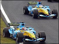 Renault drivers Fernando Alonso and Jacques Villeneuve at the Brazilian Grand Prix