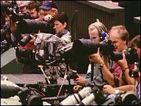 Camarógrafos y periodistas en Wimbledon