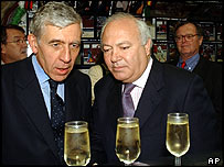 Jack Straw (L) and Miguel Angel Moratinos in Madrid