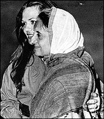 Indira Gandhi embraces daughter-in-law Sonia at Delhi airport in March 1977