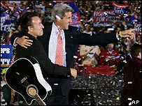 Bruce Springsteen and Democratic presidential hopeful John Kerry at a Kerry rally