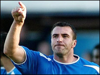 David Unsworth celebrates putting Portsmouth ahead
